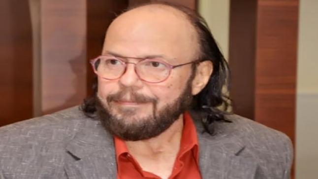 نجل طلعت زكريا يقدم فيلم سينمائي عن حياة والده